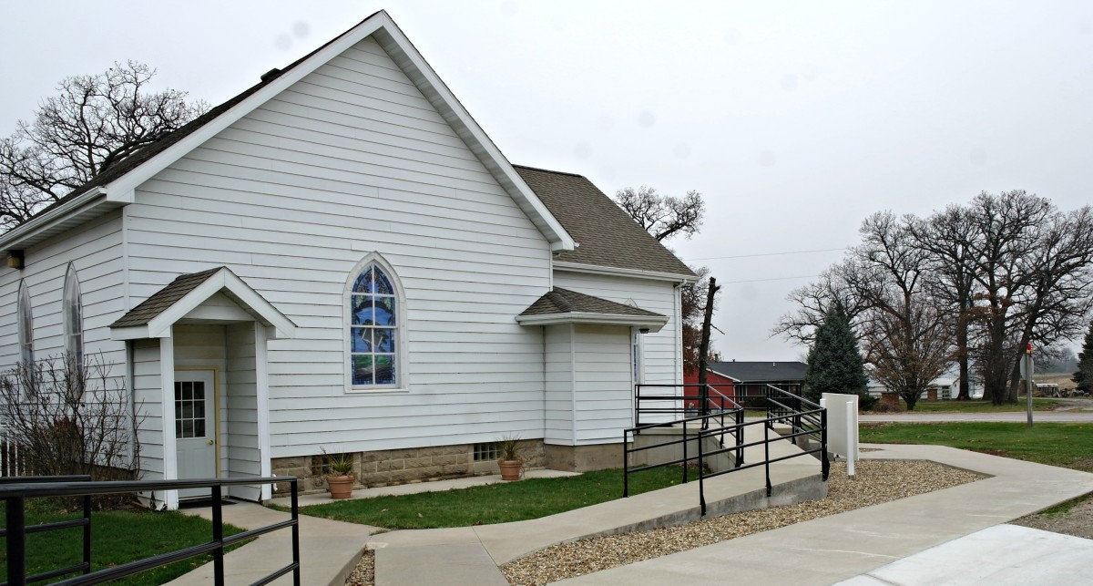 Oak Grove Christian Church in Shellsburg, Iowa.