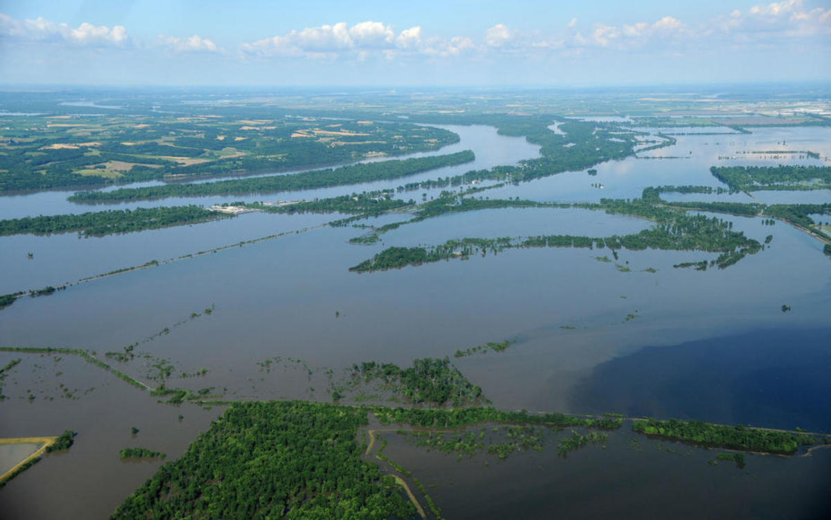 Major flooding west of St. Louis in 2008. (Photo: FEMA)