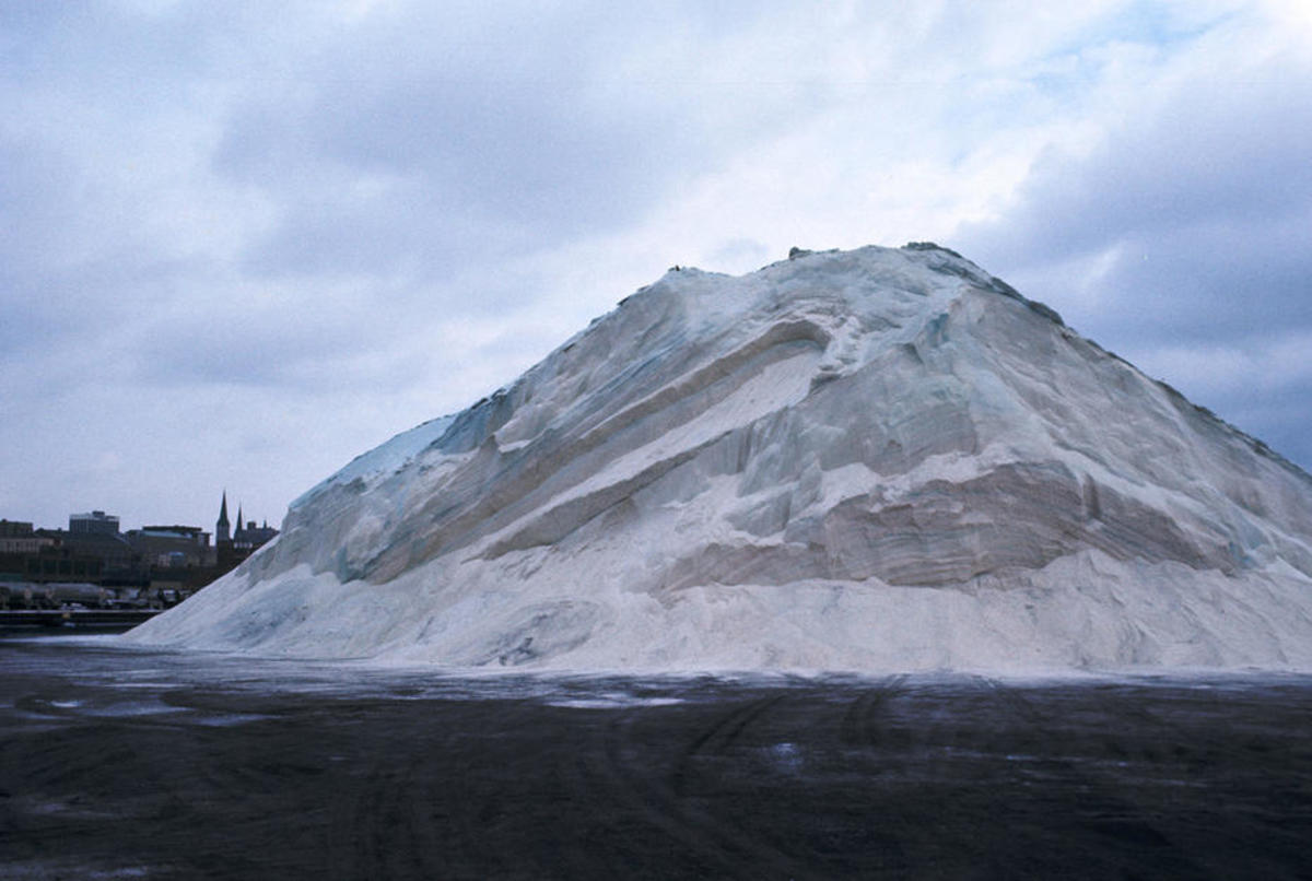 A giant pile of salt for deicing roads in Milwaukee, Wisconsin. (Photo: Wisconsin Department of Natural Resources)