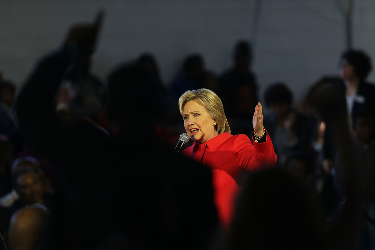 Hillary Clinton speaks to voters in South Carolina. (Photo: Spencer Platt/Getty Images)
