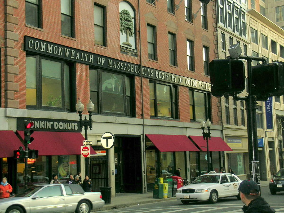 The  downtown office of the Massachusetts Registry of Motor Vehicles in  Boston. (Photo: Boston/Wikimedia Commons)