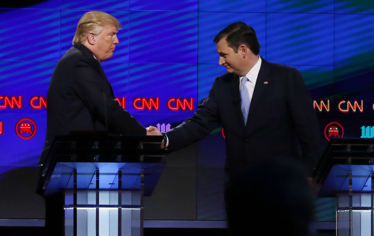 Donald Trump shakes hands with Texas Senator Ted Cruz following the CNN Republican Presidential Debate on March 10, 2016, in Miami, Florida. (Photo: Rhona Wise/AFP/Getty Images)