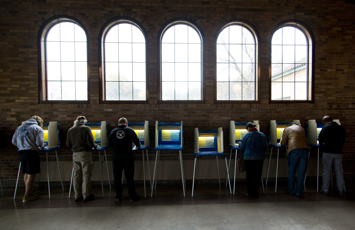 Citizens go to the cast their ballots at the South Shore Park building on November 4, 2014, in Milwaukee, Wisconsin. (Photo: Darren Hauck/Getty Images)