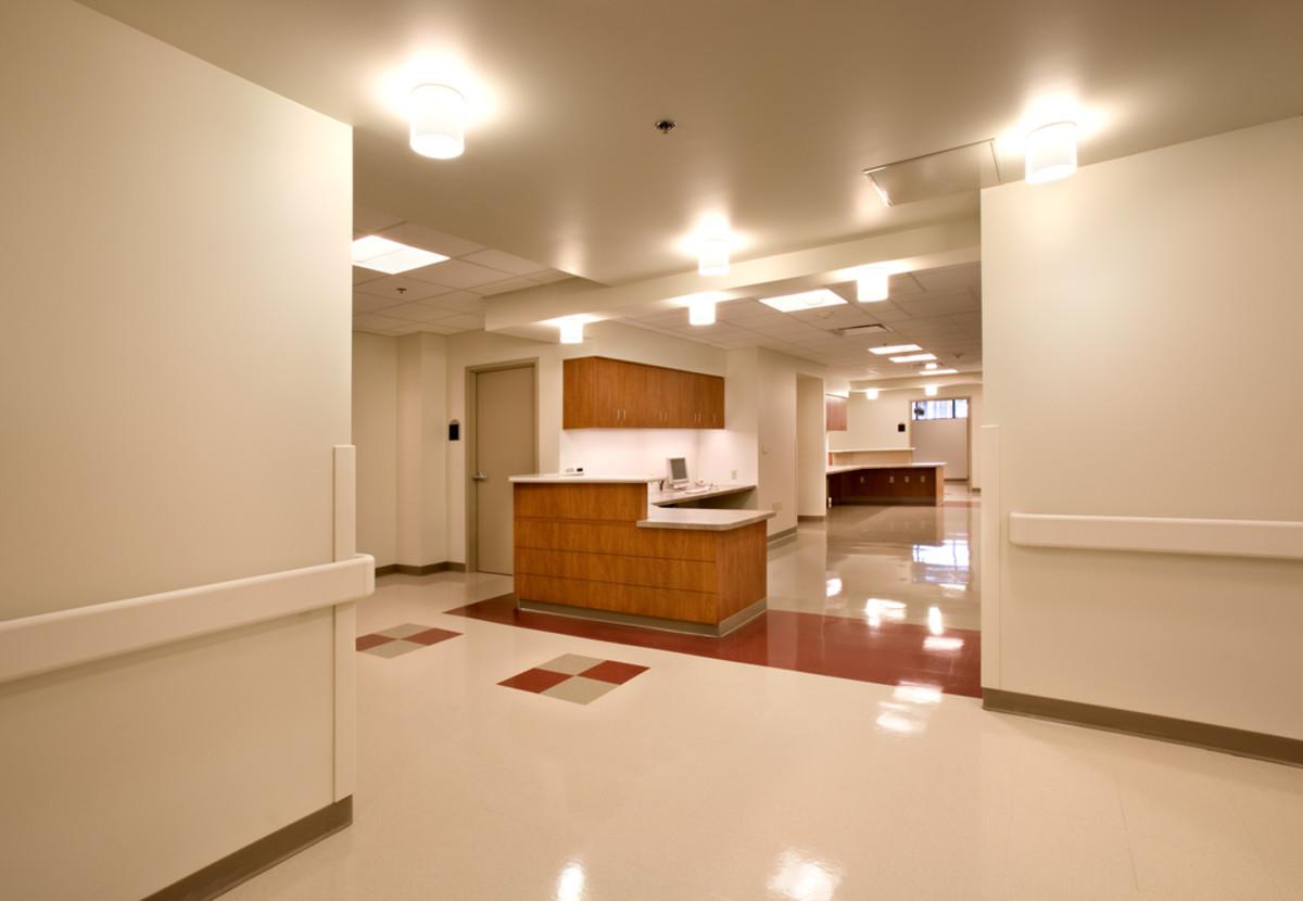Nurse station in a hospital. (Photo: Jerry Portelli/Shutterstock)