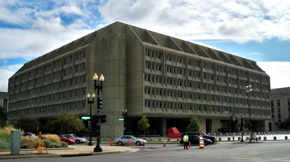 Headquarters for the United States Department of Health and Human Services in Washington, D.C. (Photo: Matthew G. Bisanz/Wikimedia Commons)