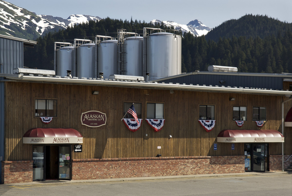 The Alaskan Brewing Company  in Juneau, Alaska, is using a first-of-its-kind steam boiler fueled by spent  grain to reduce its use of fuel oil by over 65 percent.  (Photo: U.S. Department of Agriculture/Flickr)