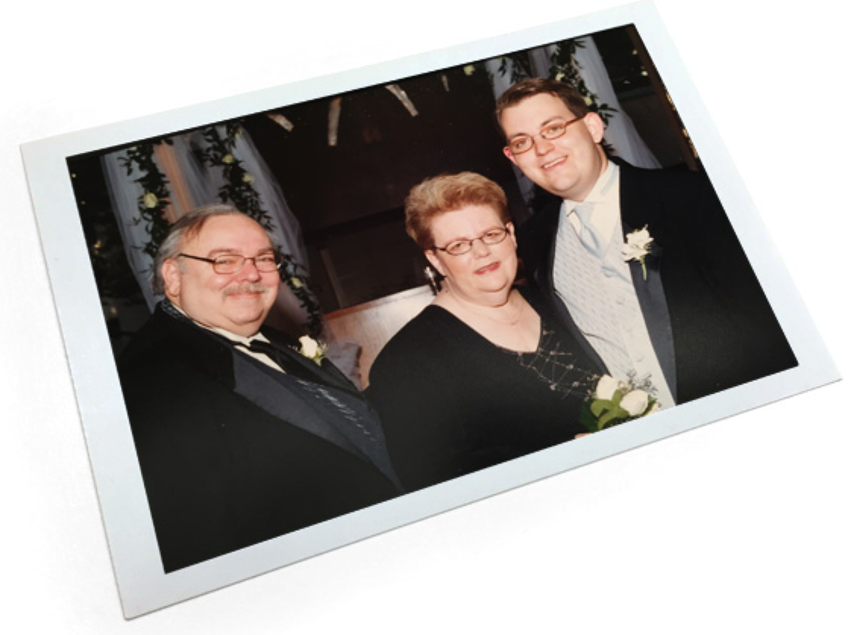 Alexander and Harriet Ornstein at their son Charles' wedding in 2002. (Photo: Courtesy of the Ornstein family)