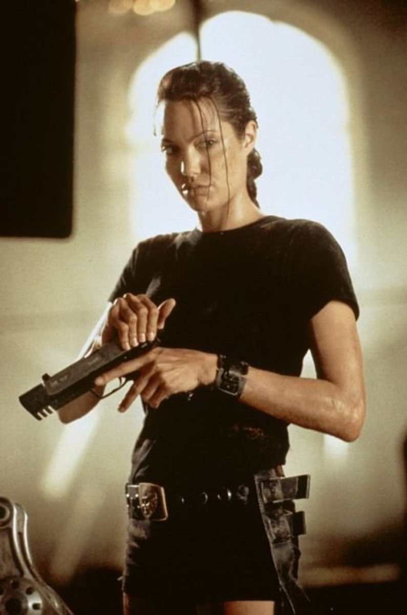 Angelina Jolie as Lara Croft in 2001 (Photo: Paramount Pictures)