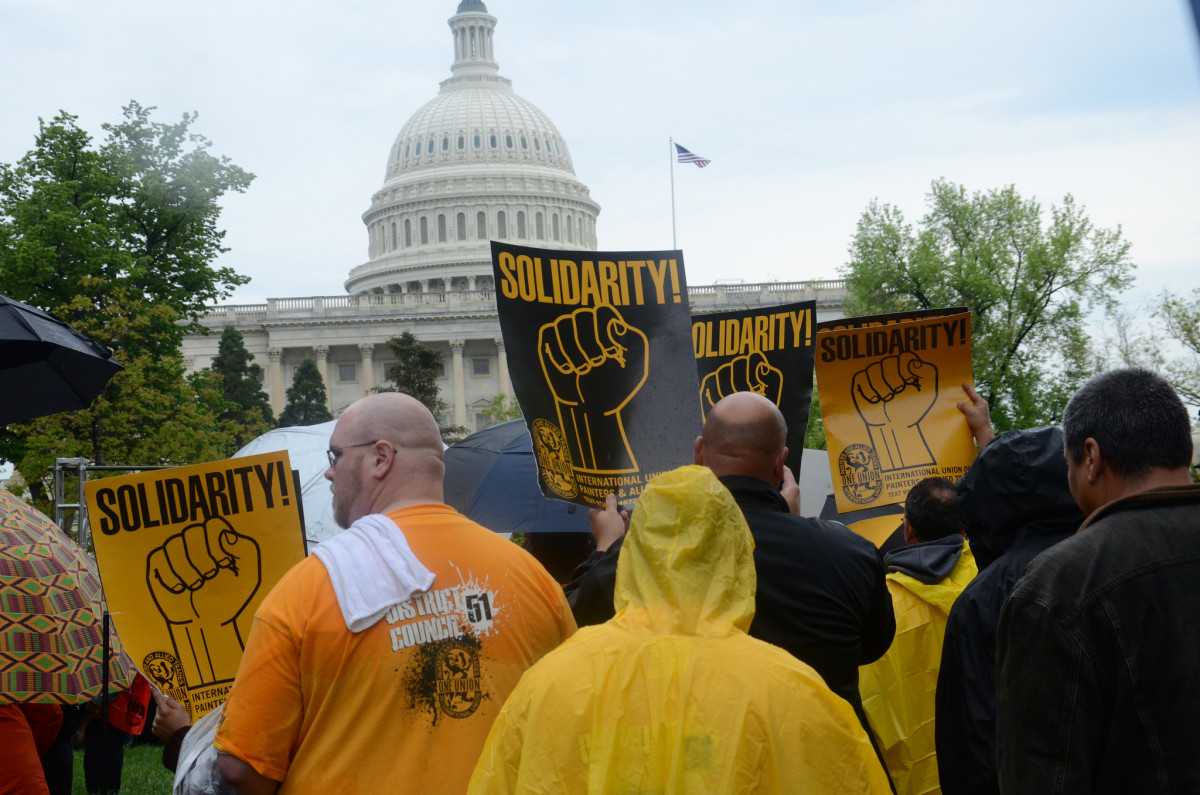 Labor organizations rally against the Trans-Pacific Partnership. (Photo: AFGE/Flickr)