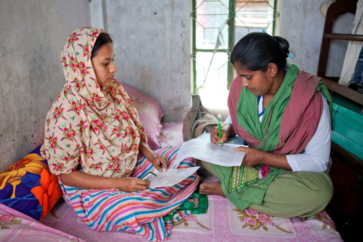Community health care worker in Bangladesh. (Photo: The United States Agency for International Development)