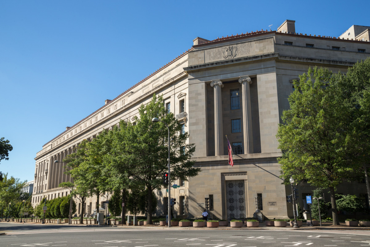 The United States Department of Justice headquarters in Washington, D.C. (Photo: blvdone/Shutterstock)