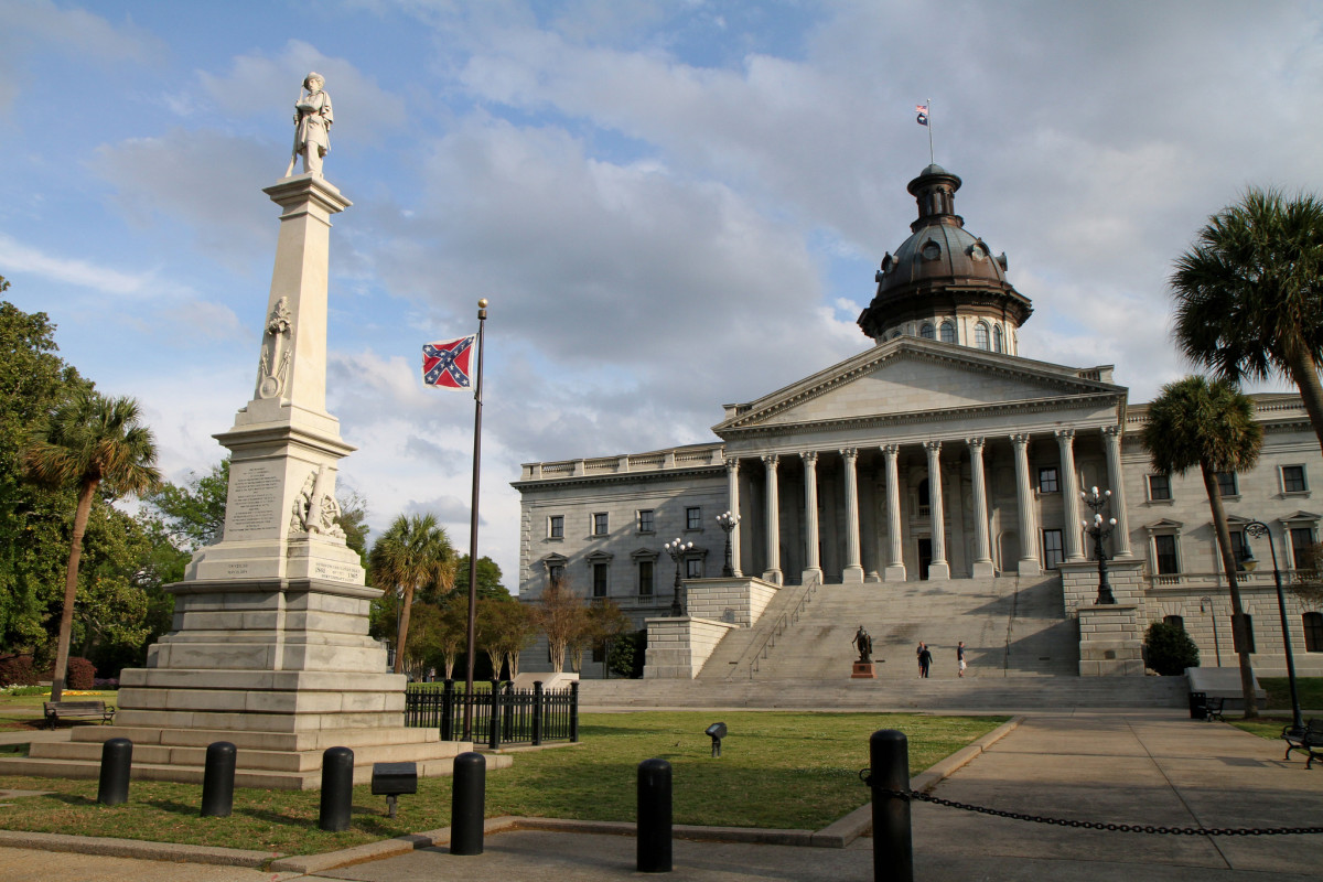 The Confederate flag on capitol grounds in Columbia, South Carolina. (Photo: Jason Eppink/Flickr)