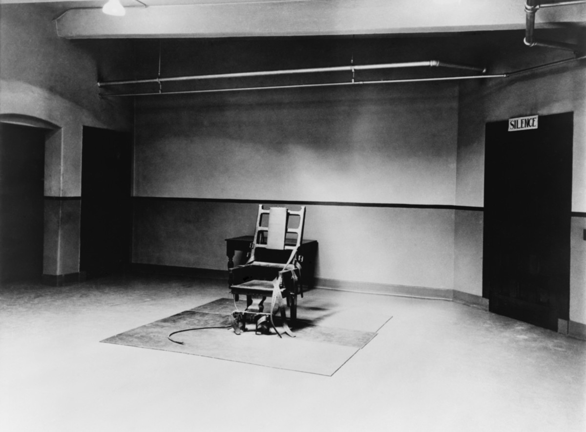 Death chamber and electric chair at Sing Sing Prison in 1923. (Photo: Everett Historical/Shutterstock)