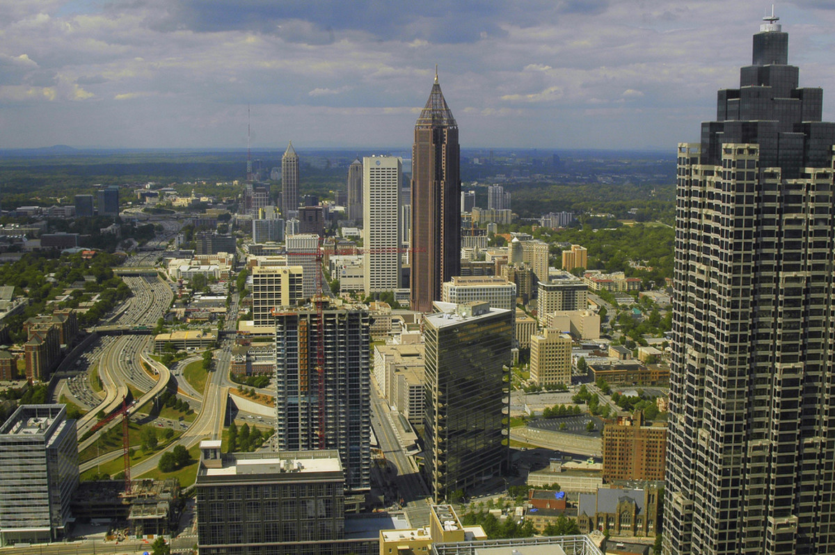 View of Atlanta, Georgia, from the Peachtree Westin Hotel. (Photo: Valerie/Flickr)