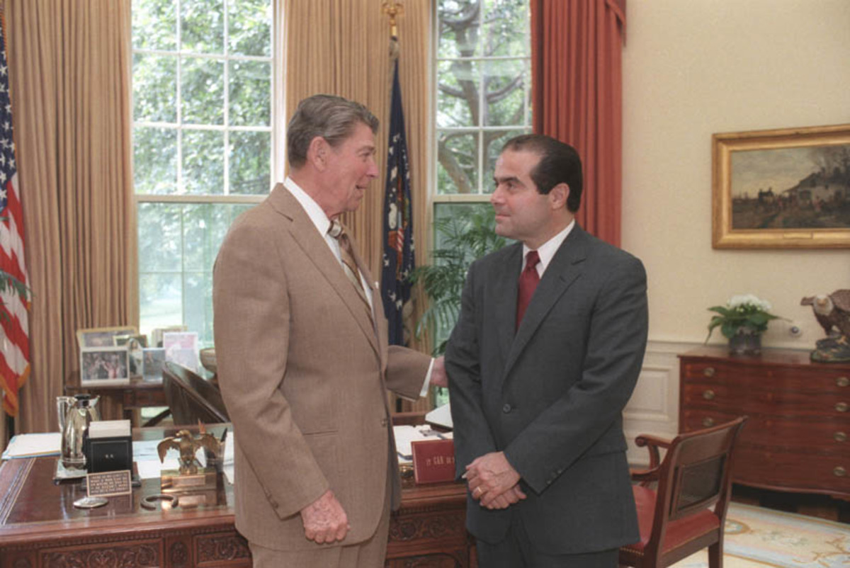 President Reagan and Antonin Scalia, then a Supreme Court nominee, in 1986. (Photo: Wehwalt/Wikimedia Commons)