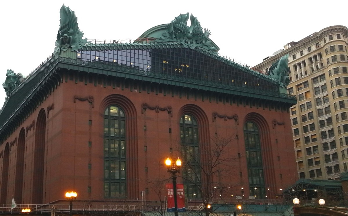 Harold Washington Library in downtown Chicago, Illinois. (Photo: NancyRoque/Wikimedia Commons)