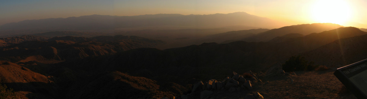 Air pollution at Keys View, in California's Joshua Tree National Park. (Photo: Joshua Tree National Park/Flickr)