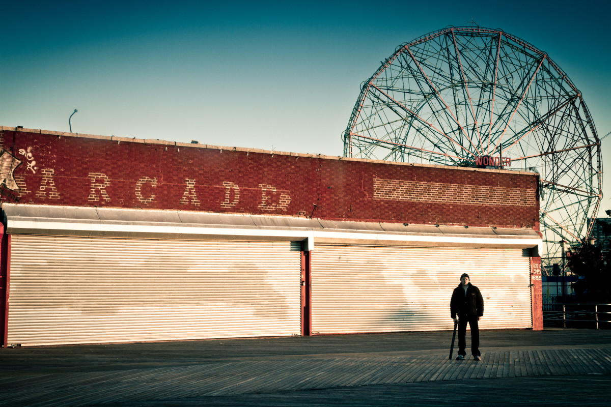 Chris Schoeck in Coney Island. (Photo: BOND/360)