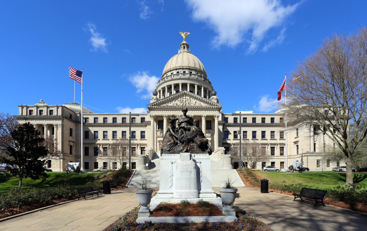 The Mississippi State Capitol Building in downtown Jackson. (Photo: Katherine Welles/Shutterstock)