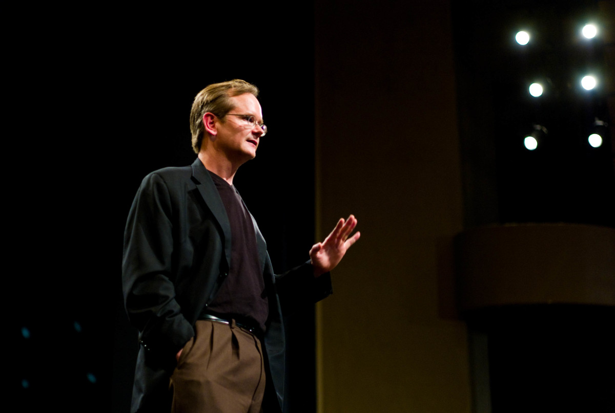 Lawrence Lessig giving a lecture at Stanford. (Photo: Joi/Flickr)