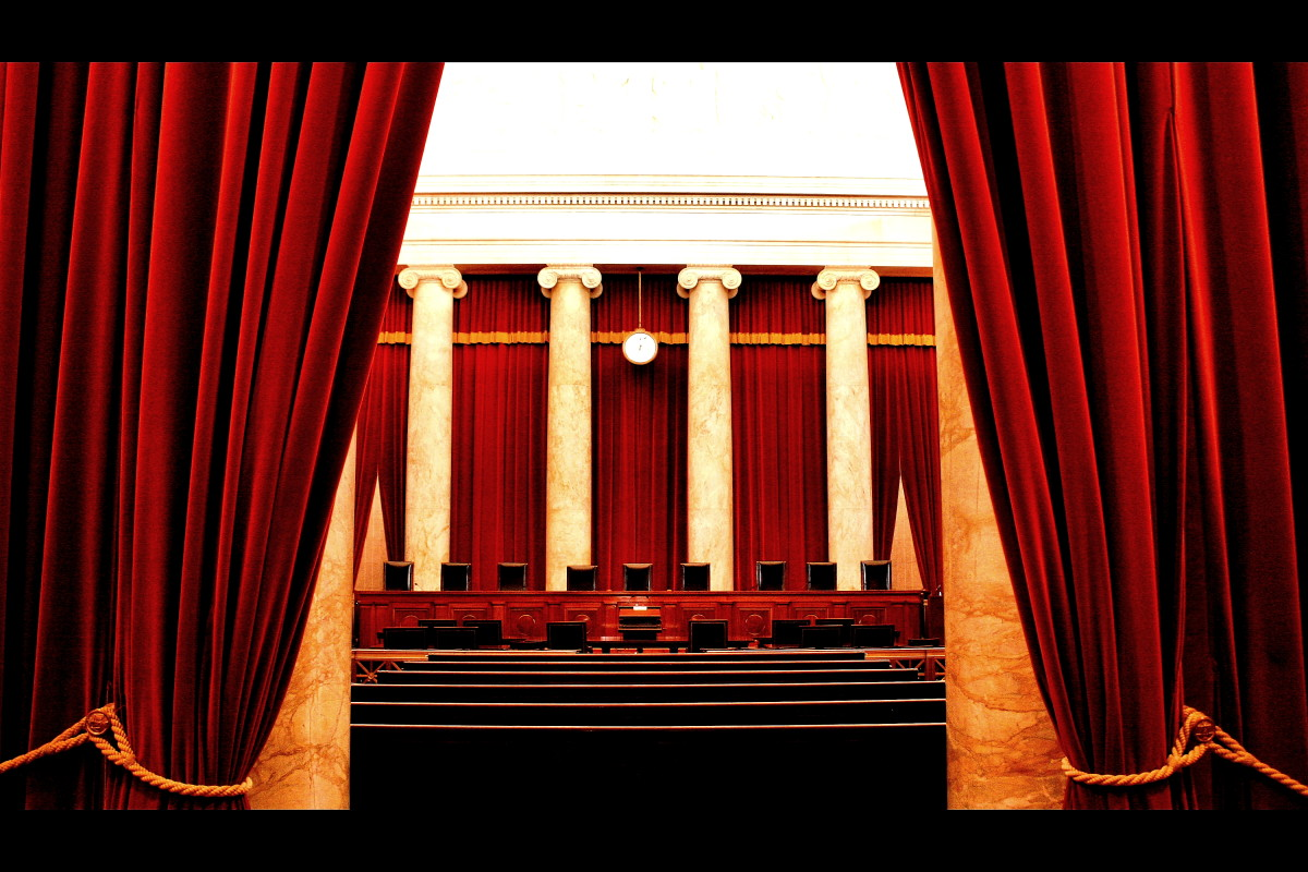The interior of the Supreme Court. (Photo: Phil Roeder/Wikimedia Commons)