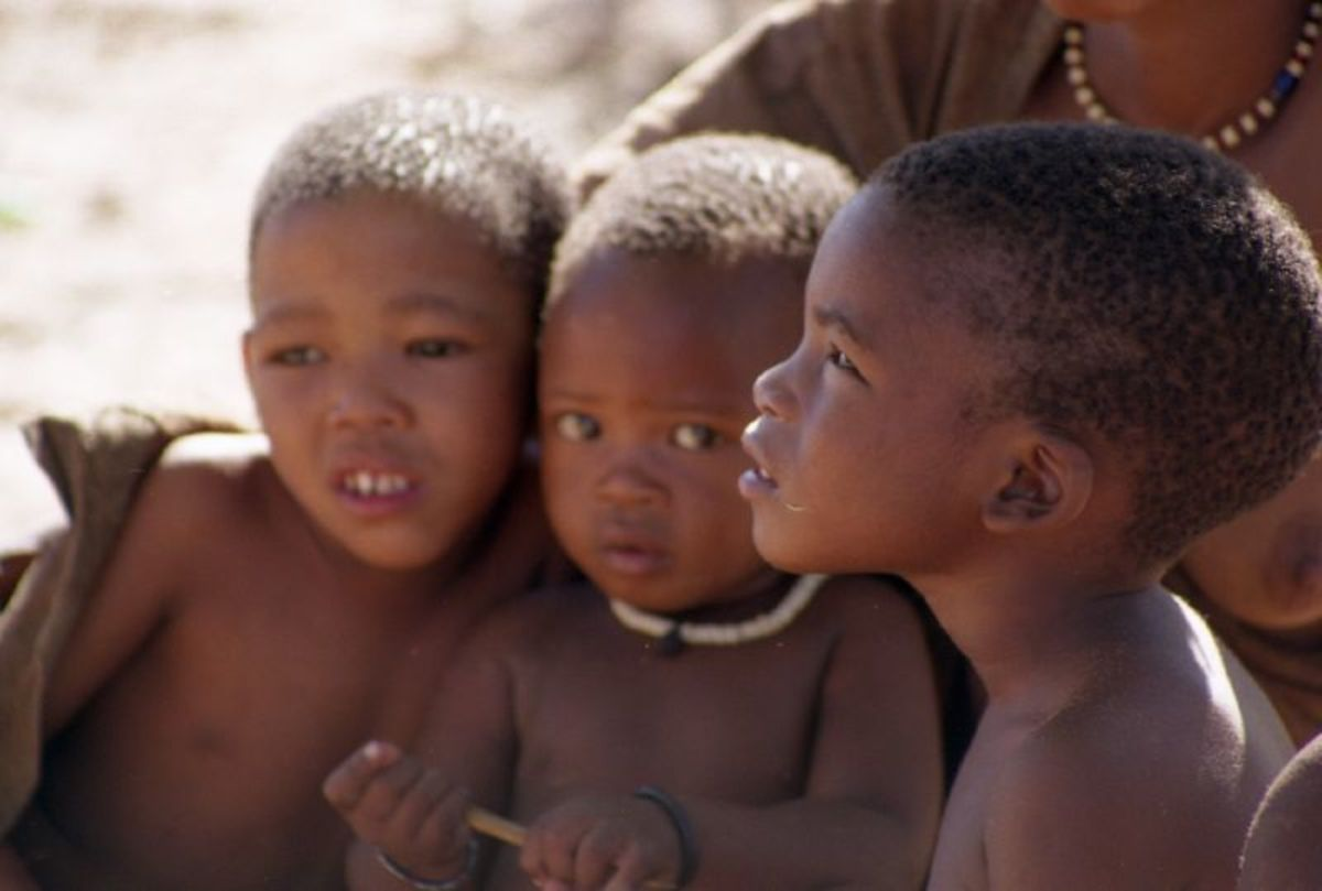 Kalahari San children. (Photo: DragonWoman/Flickr)