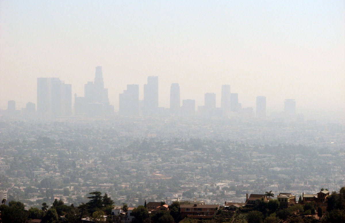 Air pollution in Los Angeles, California. (Photo: Ben Amstutz/Flickr)
