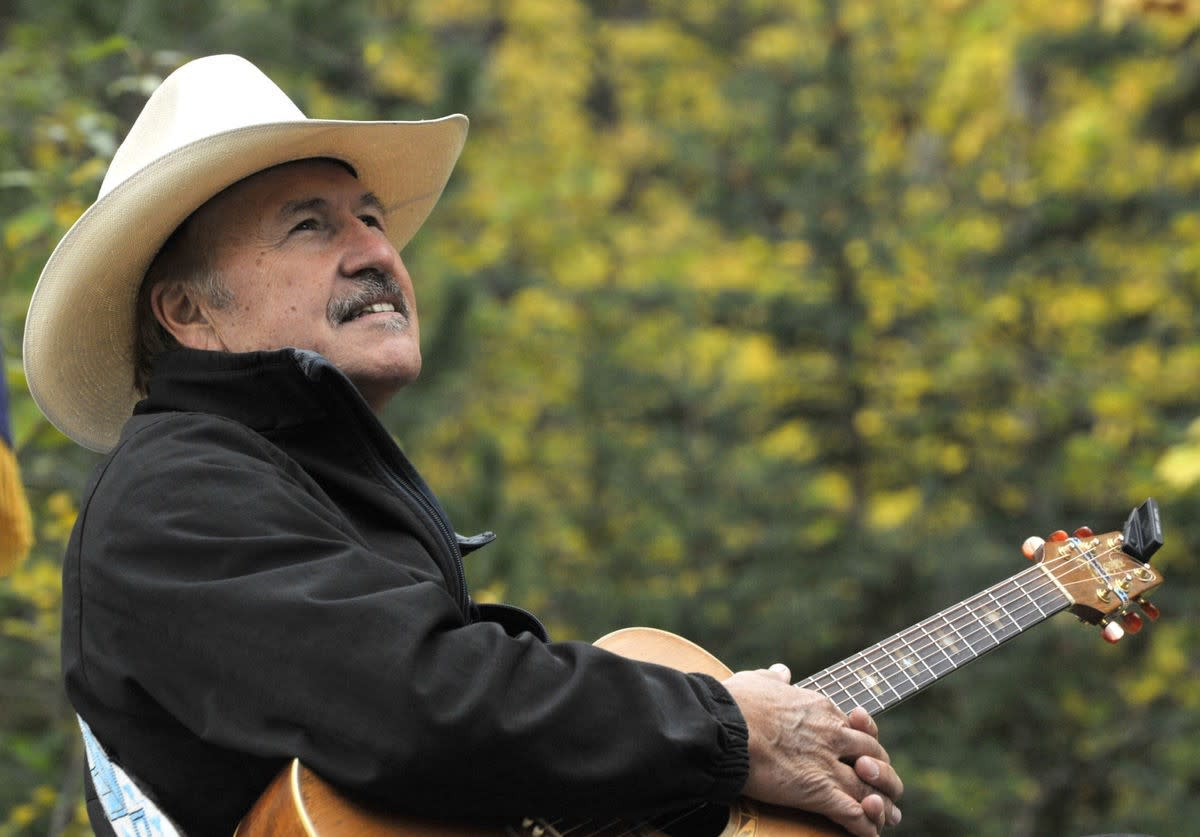 (Photo: Rob Quist for Congress)