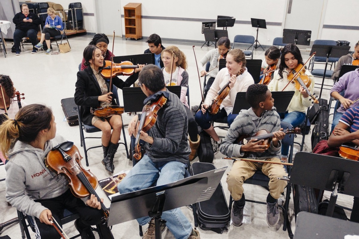Bernabé rehearsing at the Inner City Youth Orchestra of Los Angeles.