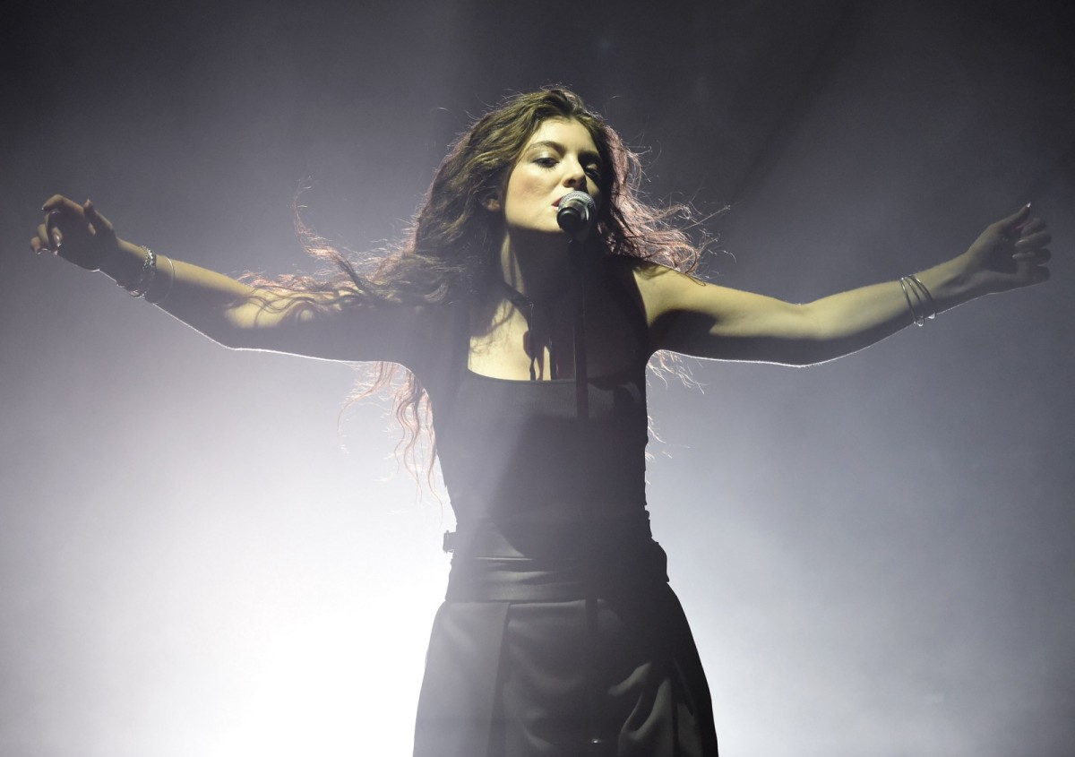 Lorde performs in Las Vegas, Nevada, on September 30th, 2014. (Photo: Ethan Miller/Getty Images)