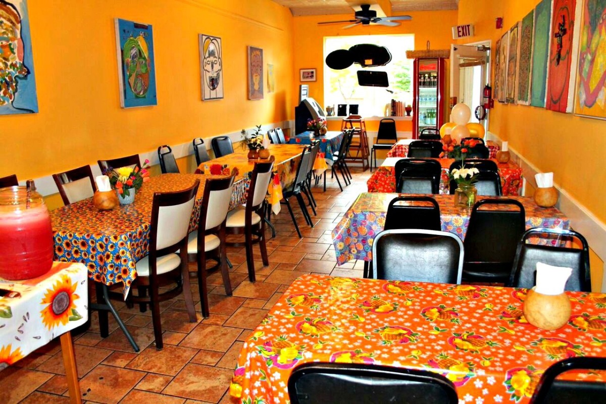 The dining room at South Philly Barbacoa.