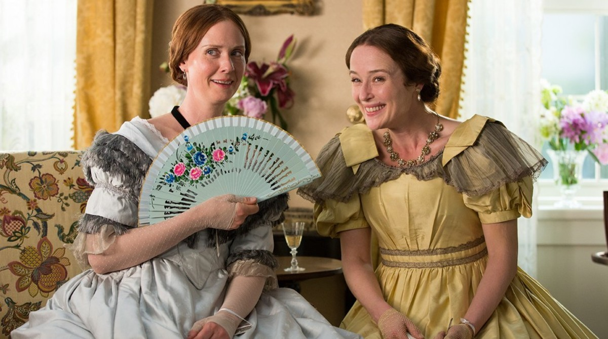 In A Quiet Passion, Cynthia Nixon plays Emily Dickinson (left) and Jennifer Ehle her sister, Vinnie. (Photo: Music Box Films)