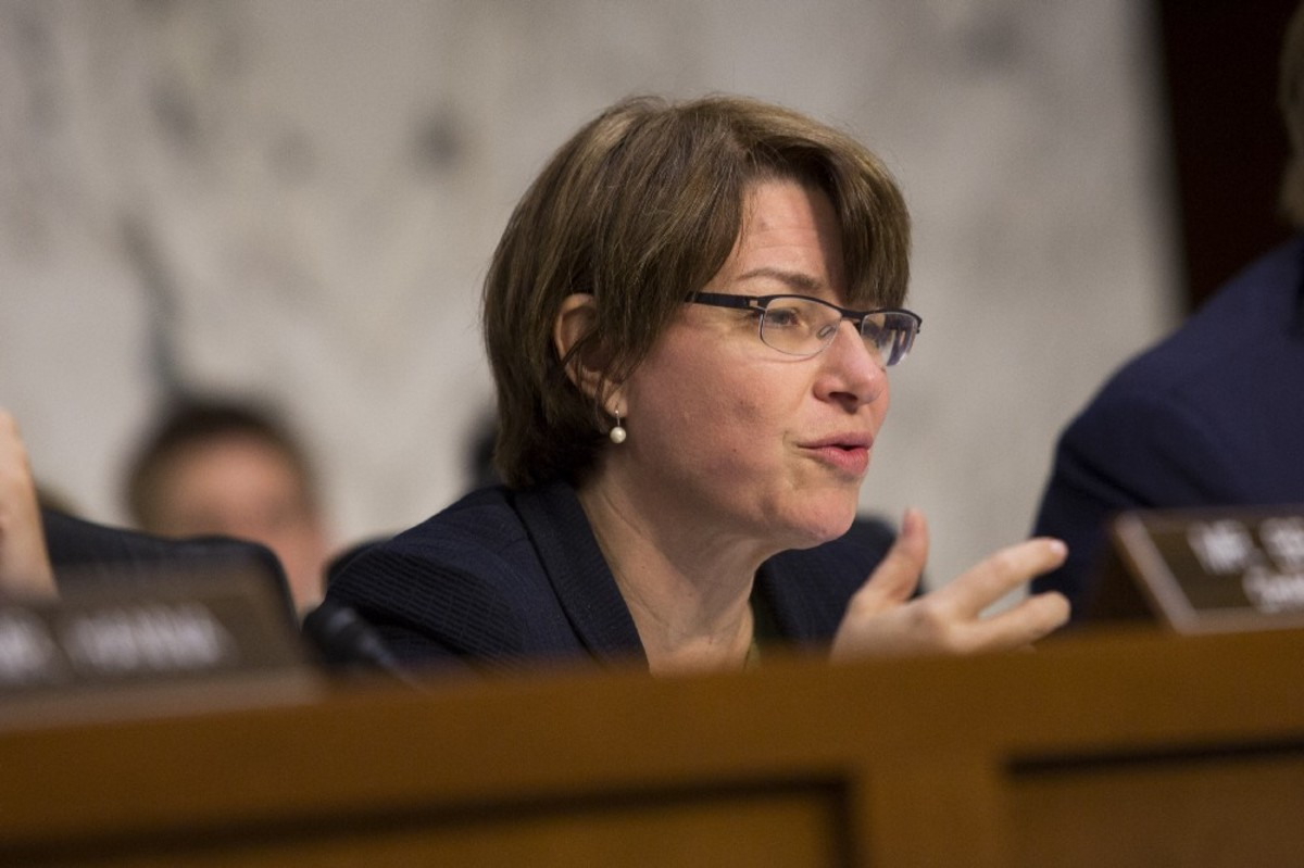 Senator Amy Klobuchar questions Federal Reserve Bank Chairwoman Janet Yellen as she testifies to the Joint Economic Committee during a hearing entitled The Economic Outlook, on Capitol Hill on May 7th, 2014. (Photo: Drew Angerer/Getty Images)