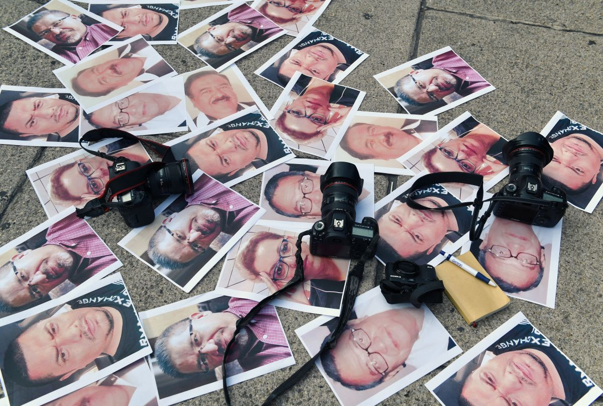 Cameras and pictures of journalists recently murdered in Mexico are placed at Independence Angel square during a protest in Mexico City on May 16th, 2017.