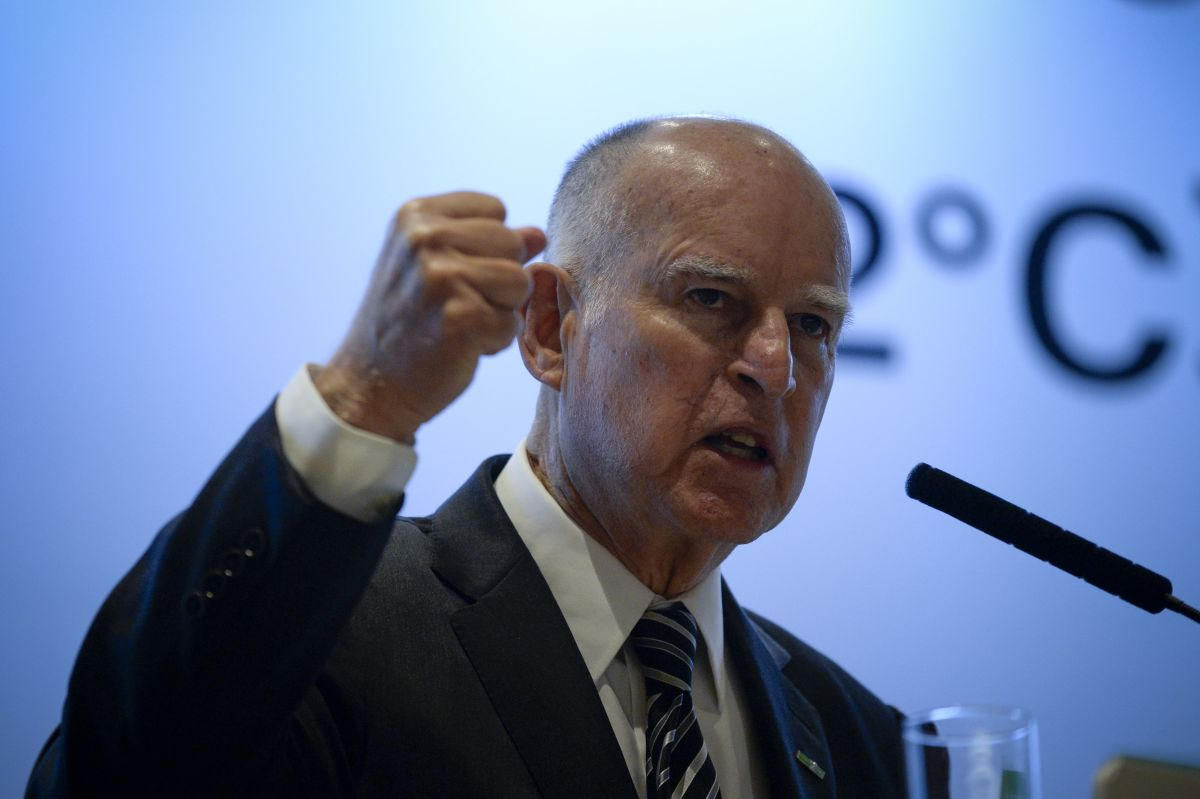 California Governor Jerry Brown gives a speech during the Clean Energy Ministerial international forum in Beijing on June 7th, 2017.