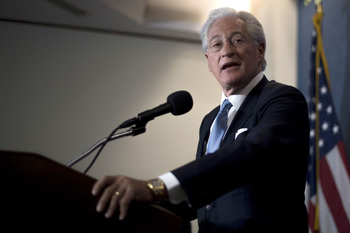 Donald Trump's personal attorney, Marc Kasowitz, delivers a statement to the press in Washington, D.C., on June 8th, 2017.