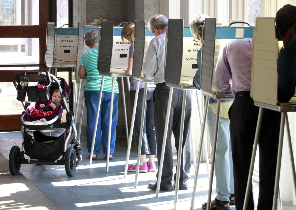 Voters in Cincinnati go to the polls for the 2016 Ohio primary.