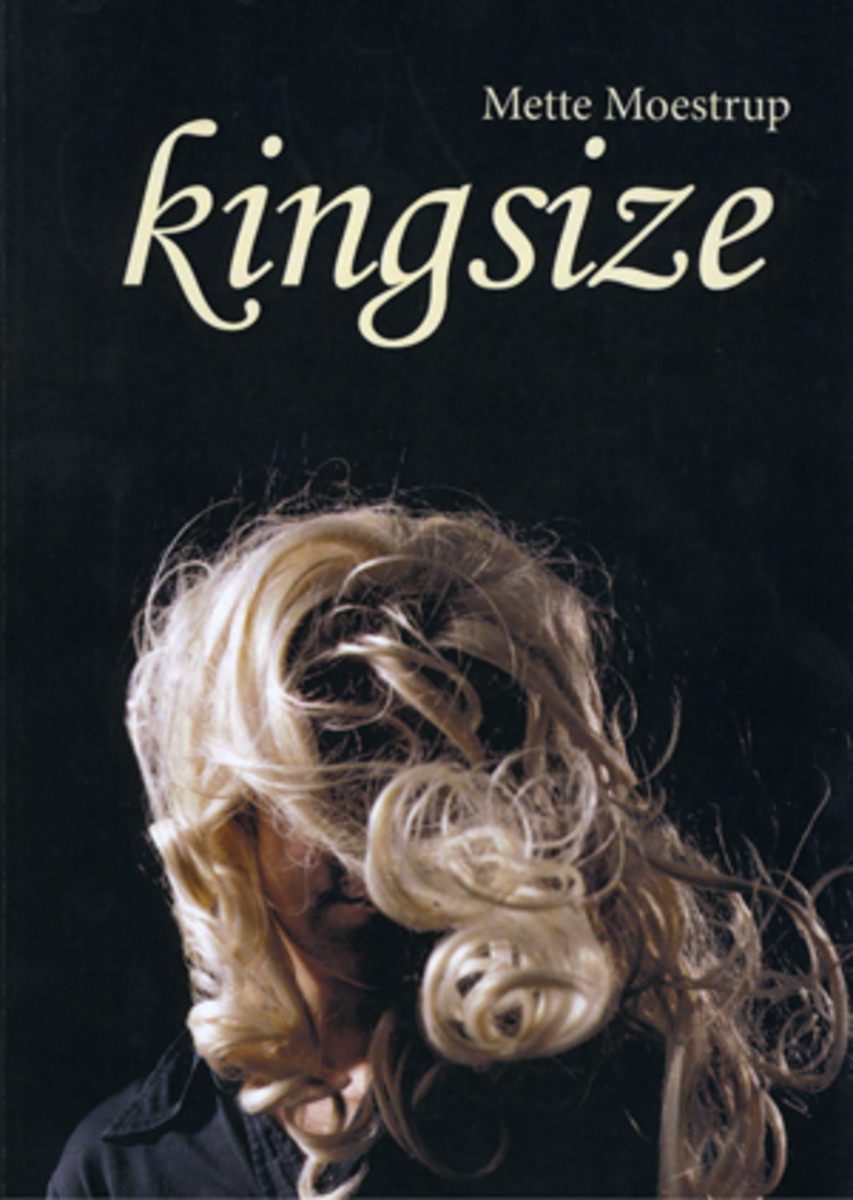 A cover for Danish poet Mette Moestrup's 2014 collection, 'Kingsize.'