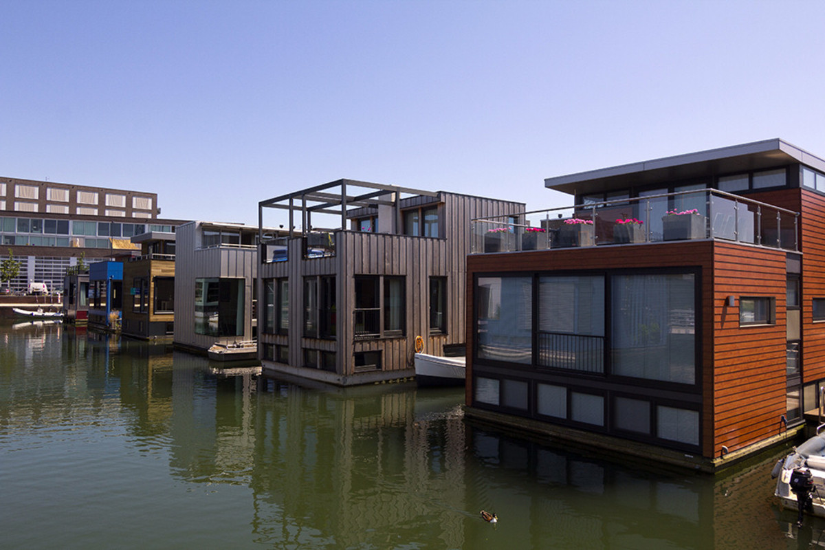 Are the Floating Houses of the Netherlands a Solution Against the