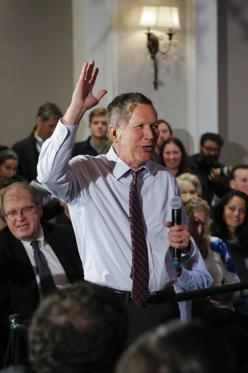 Governor John Kasich greets guests at the end of a rally on April 7th, 2016, in New York City.