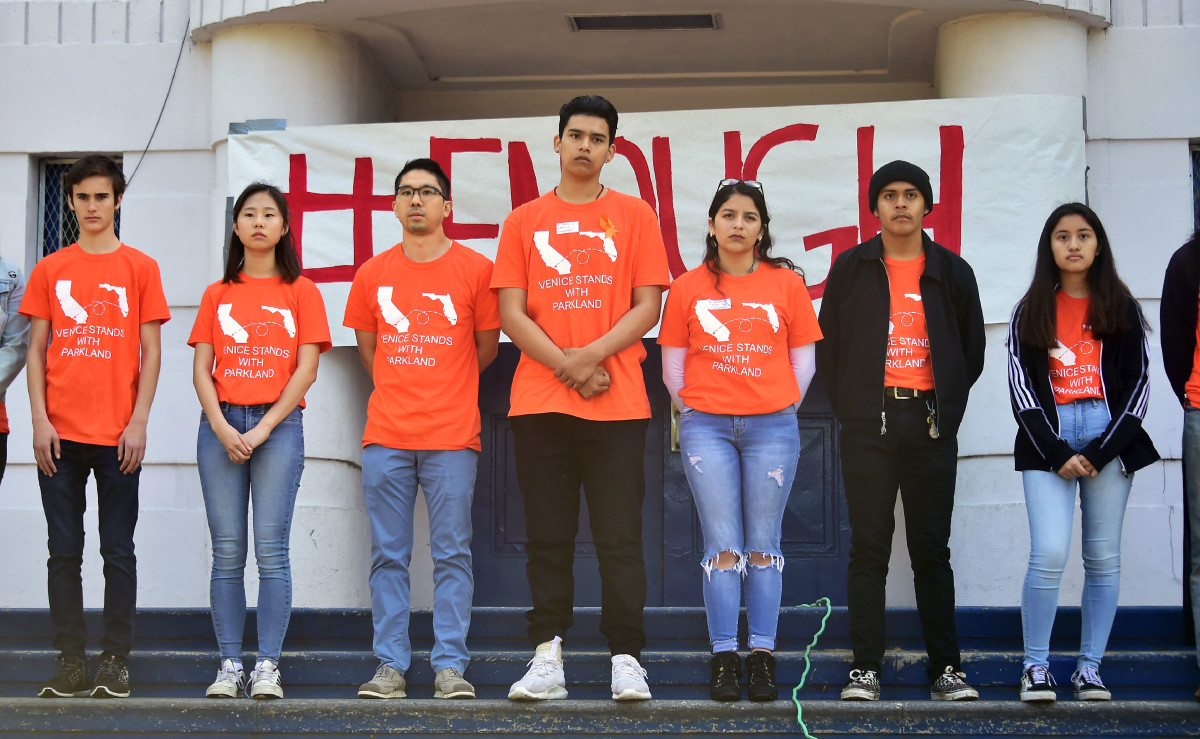 Students from Venice High School in Los Angeles, California, wear shirts in honor of the Parkland victims.