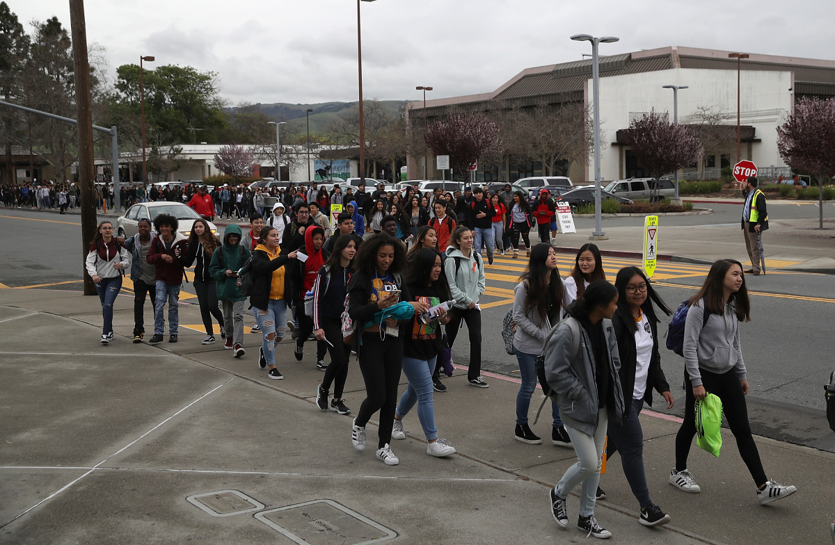 Students in Union City, California, walk out of their classrooms to show solidarity for the 17 killed at Marjory Stoneman Douglas High School.