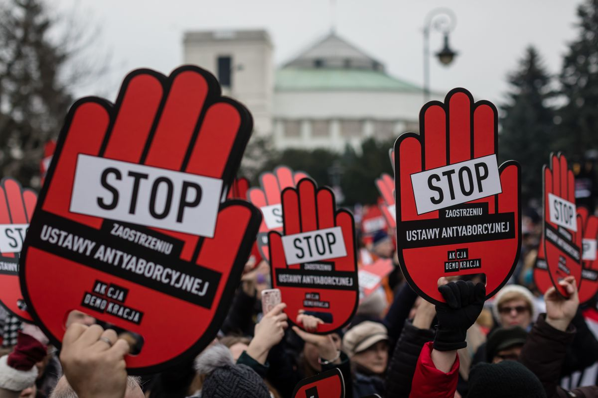 People protest for pro-abortion policies in front of the Polish parliament on March 23rd, 2018, in Warsaw, the capital city of Poland.