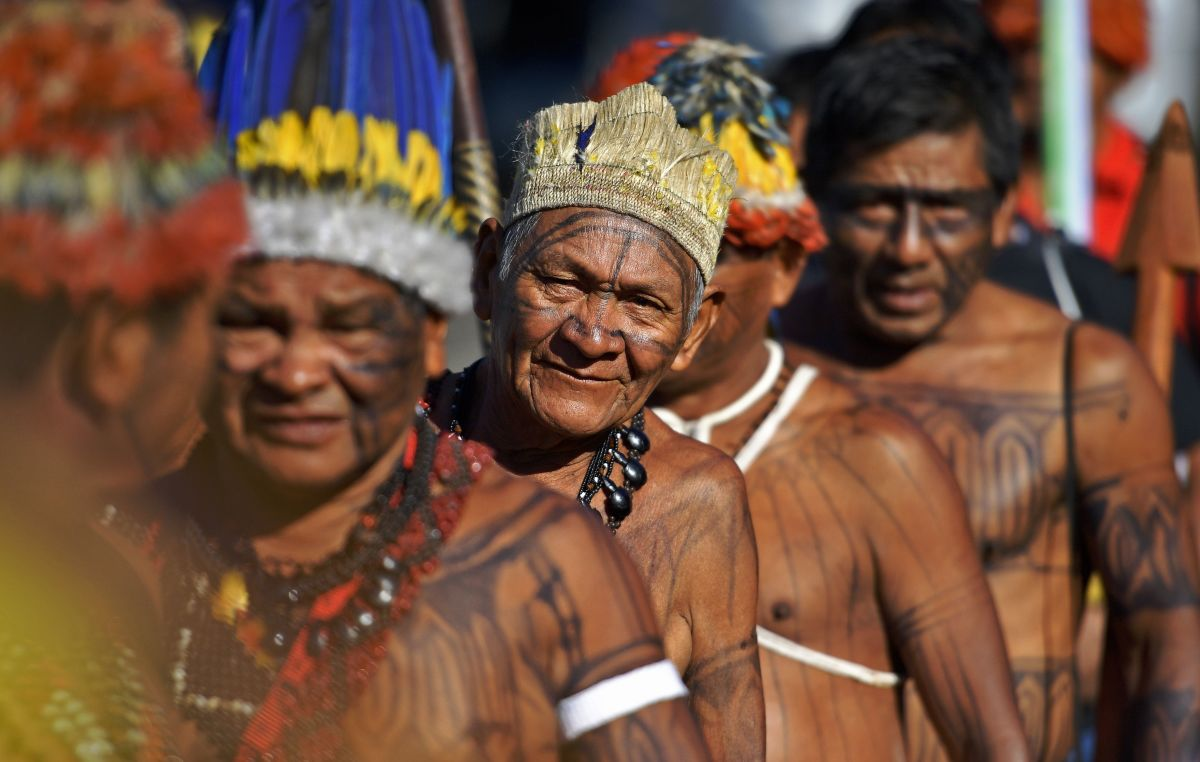 Members of the Munduruku tribe leave the Acampamento Terra Livre (Free Land Camp) in Brazil to protest in front of the Ministry of Justice on April 24th, 2018, against a proposed dam on their land.