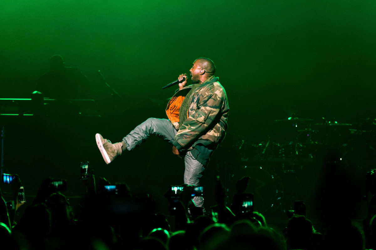 Kanye West performing in Arizona in 2015.