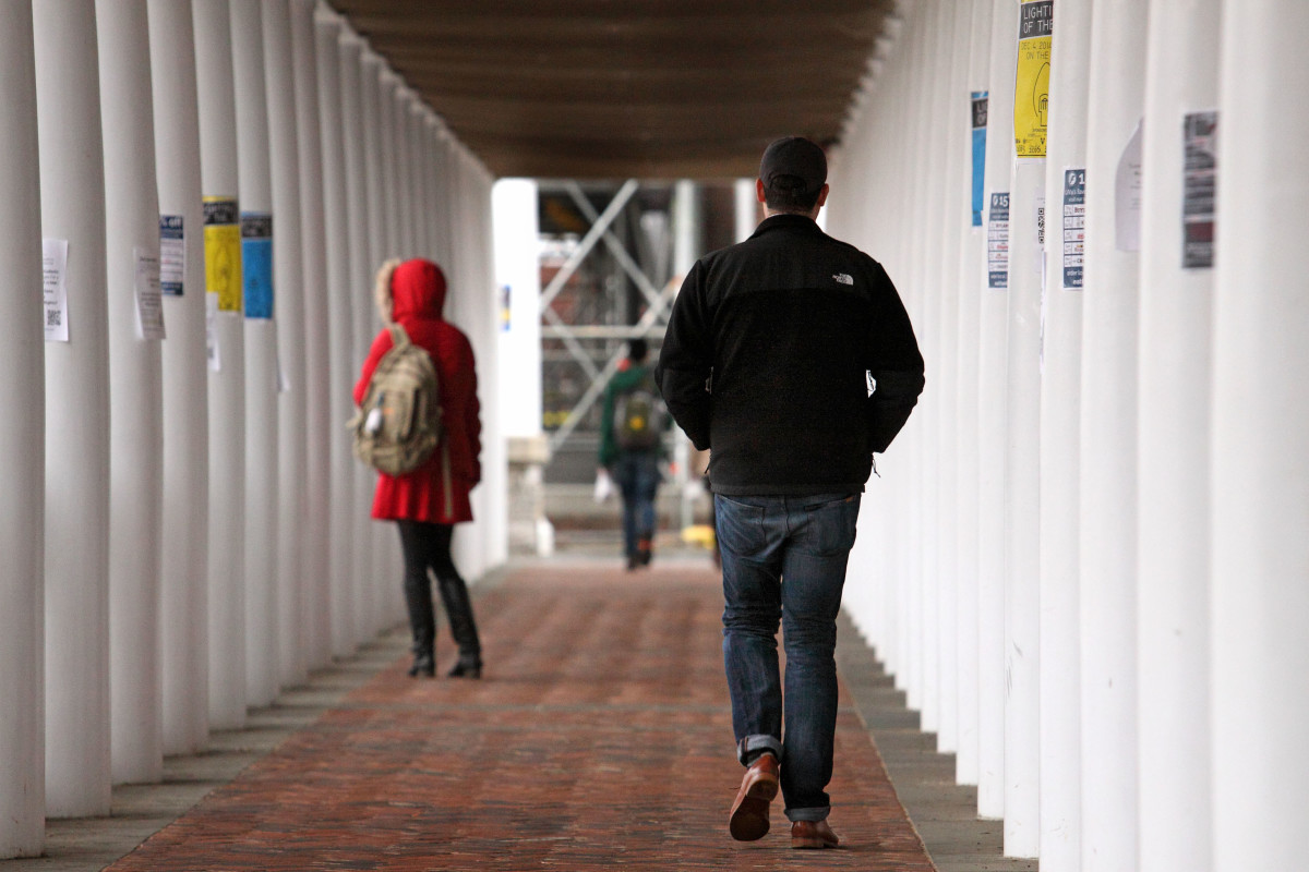 Students walk through campus at the University of Virginia on December 6th, 2014, in Charlottesville, Virginia.