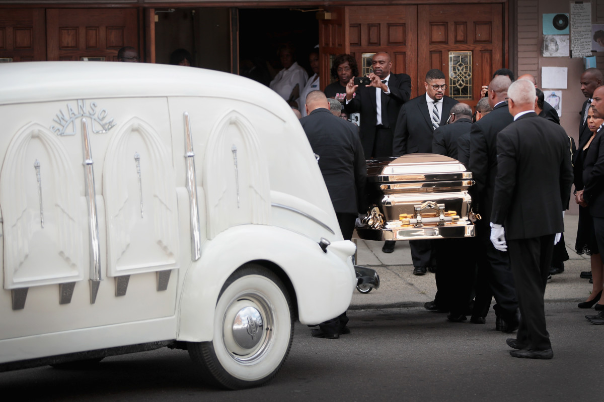 Aretha Franklin's remains arrive at the New Bethel Baptist Church for a final public viewing on August 30th, 2018.