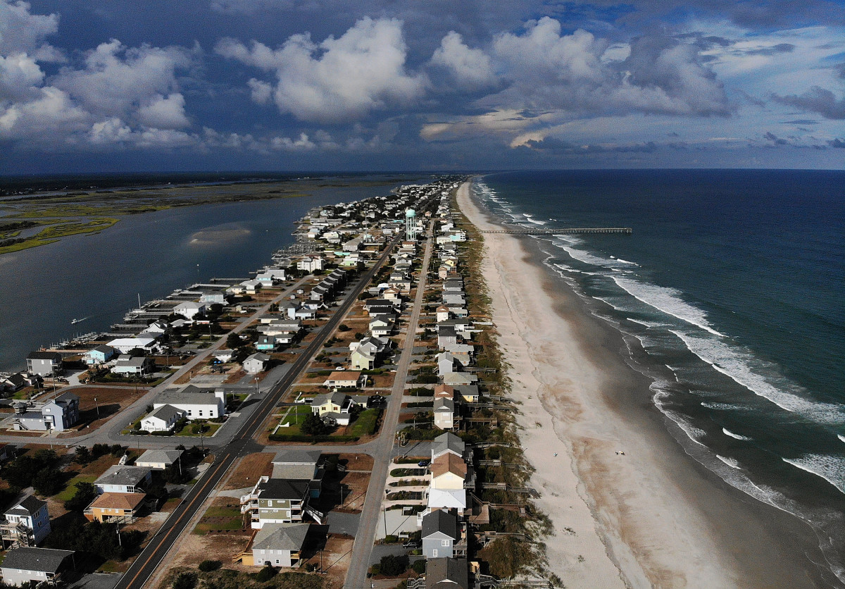 A Mandatory Evacuation Is In Effect Topsail Beach North Carolina As Residents Prepare For