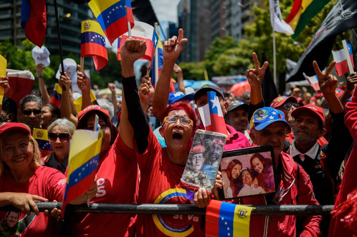Pro-government activists demonstrate in support of Venezuelan President Nicolás Maduro and against United States meddling, in Caracas, on September 11th, 2018.