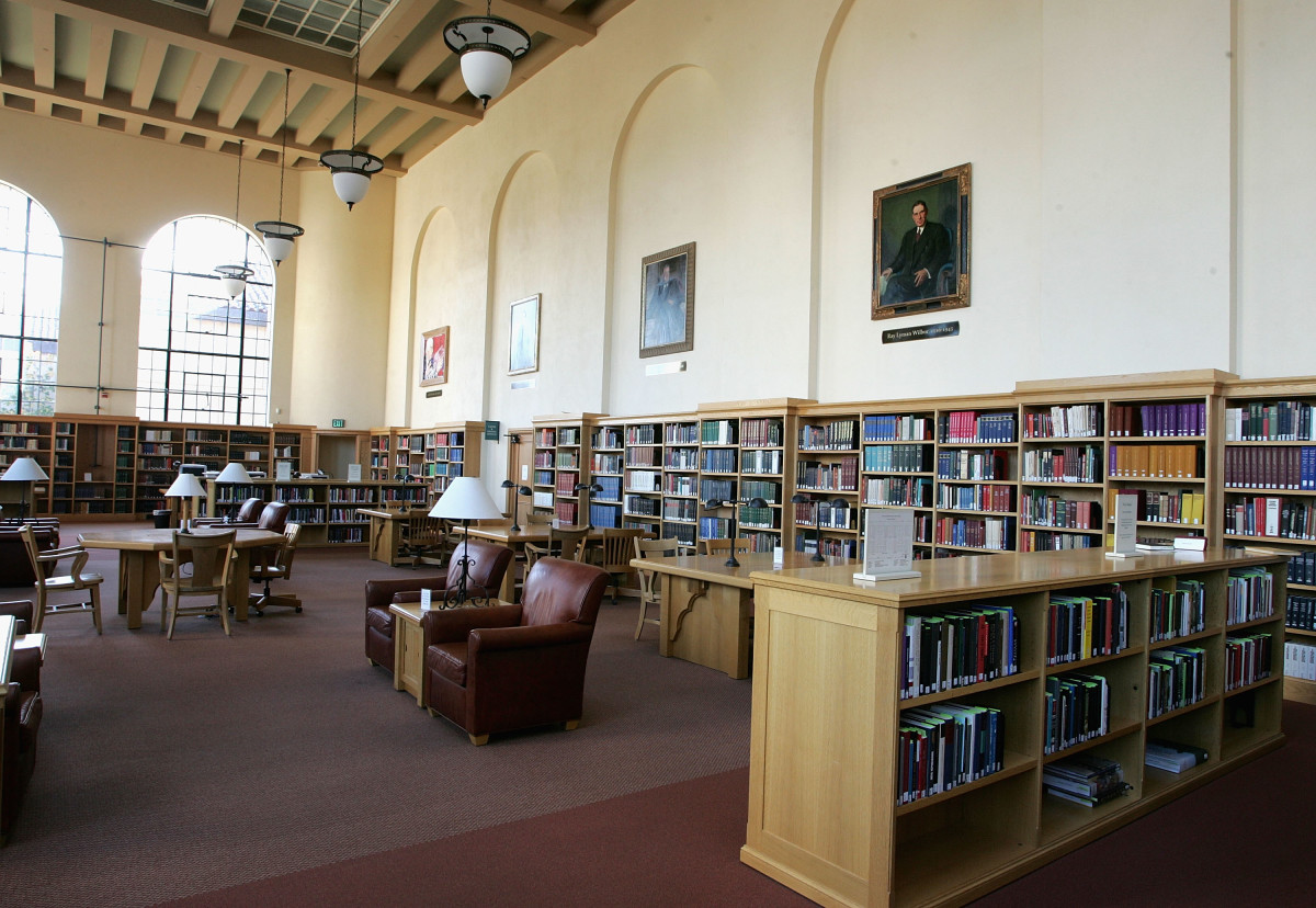 The Cecil H. Green Library on the Stanford University campus in Stanford, California.